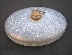 bouillotte ancienne en métal