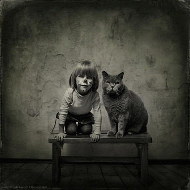 Friendship-Between-a-Girl-and-Her-Cat16-640x640-copie-1.jpg