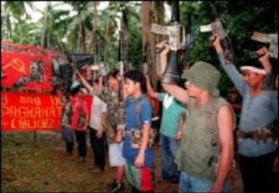 philippines-npa-fighters-e1271982615375