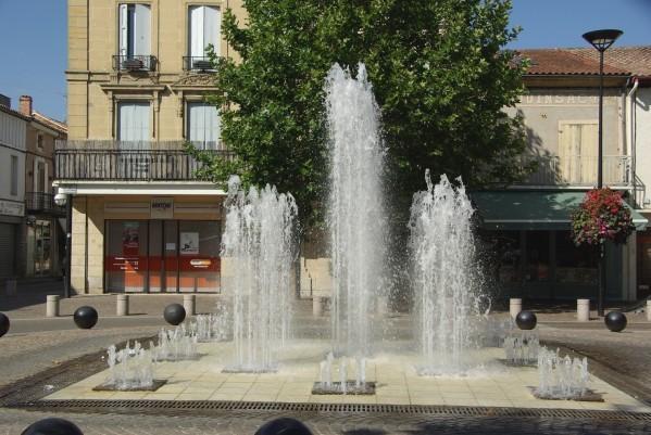 Fontaine-Valence-2-copie-1.jpg