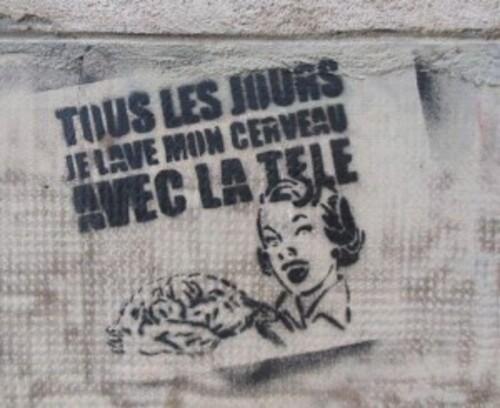 Billet Rouge-Kriegspropaganda sur France 2 – par Floréal [propagande et bourrage de crane] #guerre #loitravail
