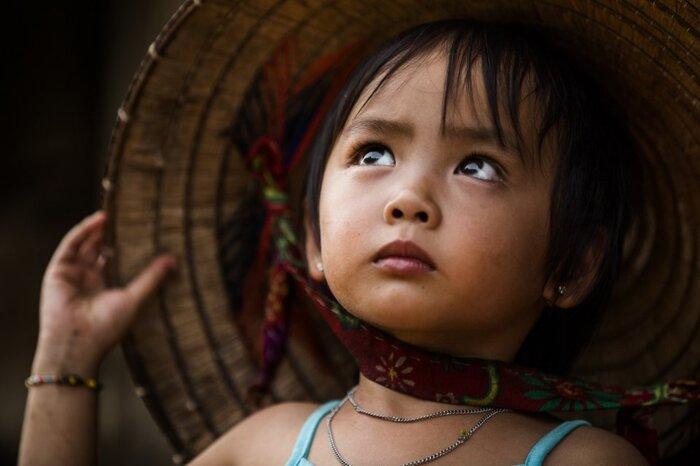 Réhahn, Le Célèbre Voyageur & Photographe...  Nous Présente Un Tout Nouveau Vietnam...