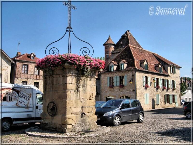 Bretenoux Lot bastide du XIIIème siècle
