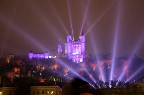 Le grand Almanach de la France : La fête des lumières à Lyon