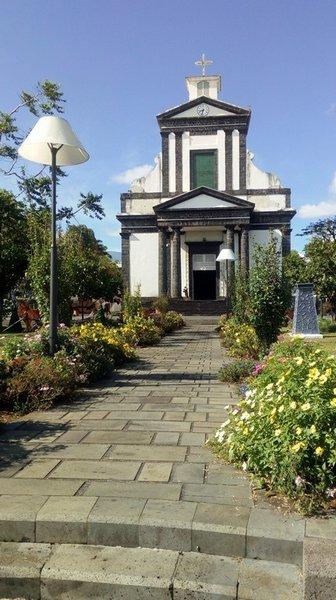 27/12/18 : 20/12/18 : Eglise de St-Benoit à la Réunion (2)