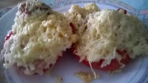 Poivrons farcis au riz et au fromage