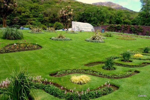 v12---Vue-du-jardin.JPG