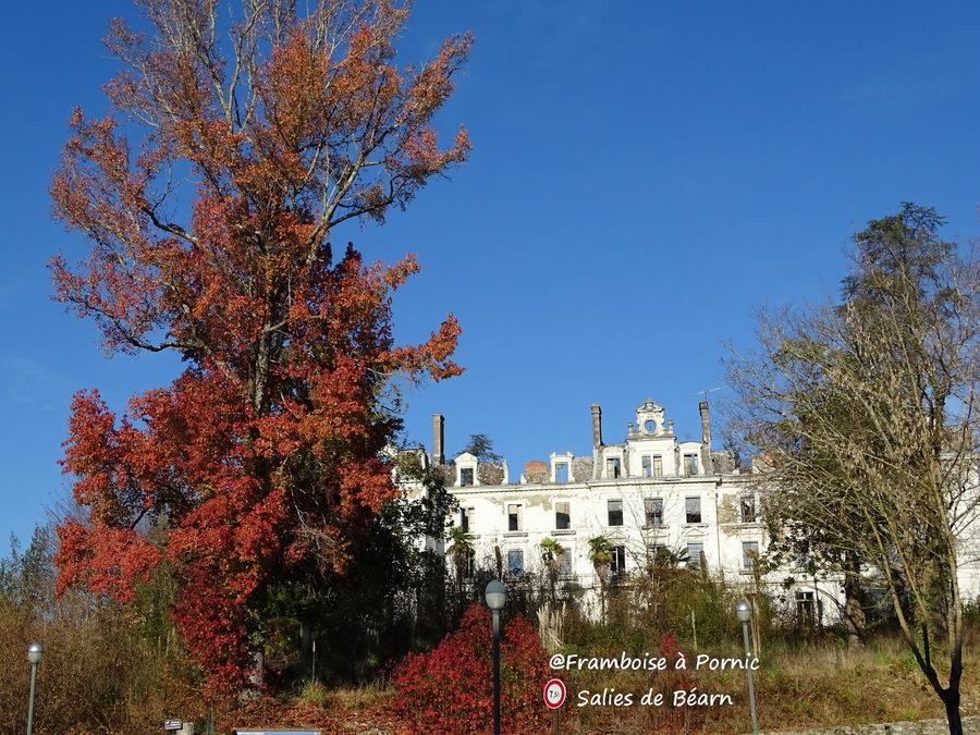 Salies de Béarn - Hôtel du Parc et son casino