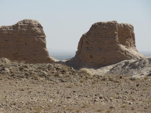 Les citadelles du désert du Kyzyl Koum