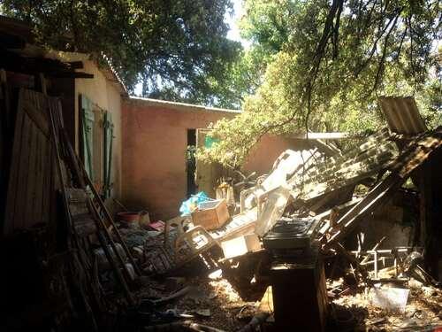 Le collectioneur faiseur de maison abandonnée