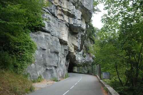 Encore un passage sous roche délicat