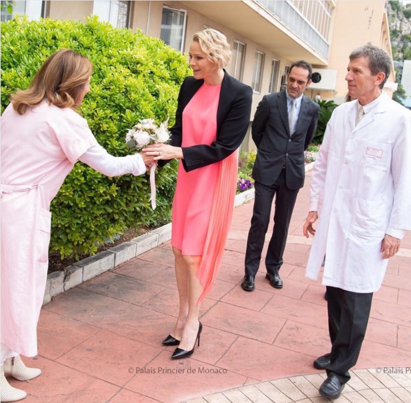 Charlène à la maternité de l'hôpital Princesse Grace