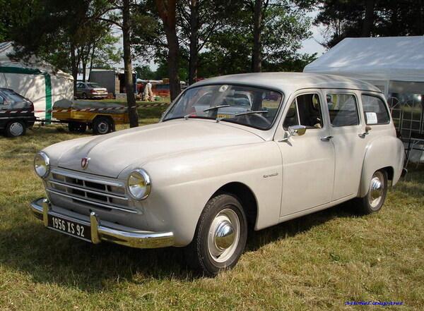 Voici d'autres superbes voitures de collection des années 50-60