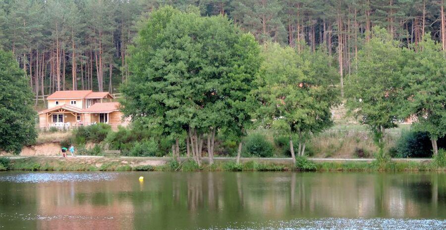 Usson sur Forez (43) le lac