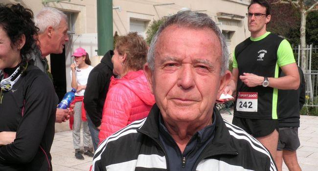 A plus de 80 ans, Jean Beyne est un authentique sportif