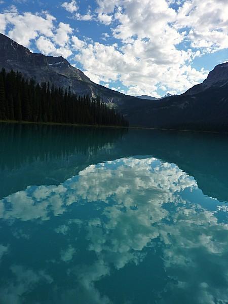 Jour 18 Emerald Lake matin canoé reflets