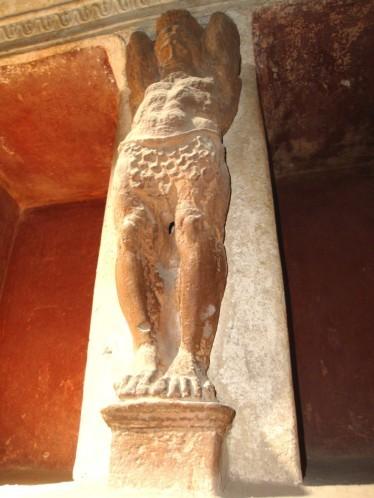 Pompéi, thermes du Forum, atlante du Tepidarium