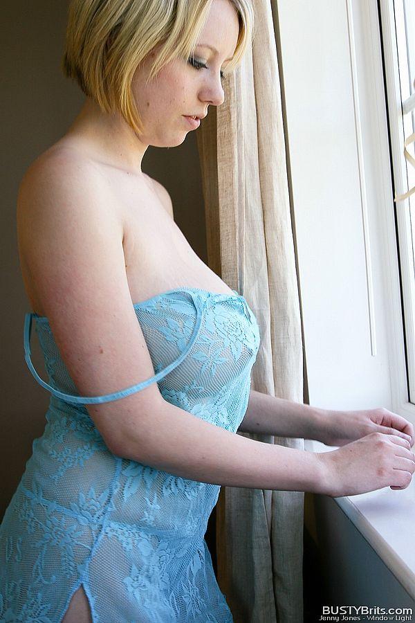 Jenny Jones - Nuisette bleue