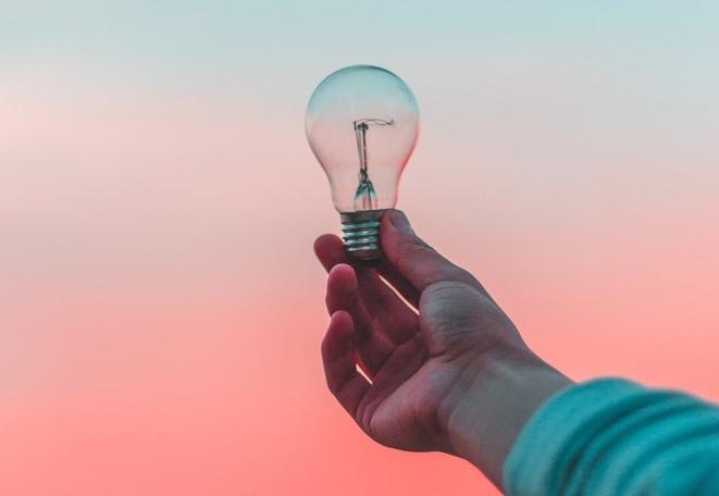 Après l'essence, le PRIX de l'électricité FLAMBE à son tour en 2019