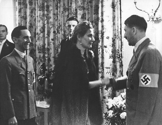 "Magda, ""la Pompadour de Goebbels""..."