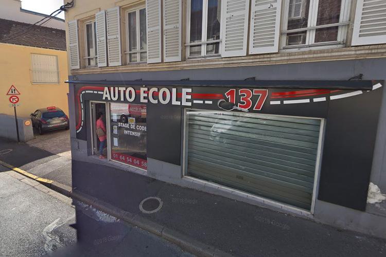 Essonne : Le gérant d'une auto-école accusé d'agressions sexuelles sur des élèves