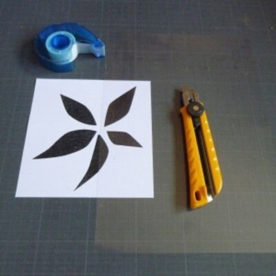 Atelier-pochoirs-decoratifs-arts-plastiques-brigi-copie-1.jpg