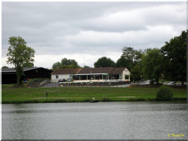 Lac des Effres - Secondigny (79)