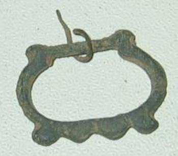 petite boucle en bronze avers