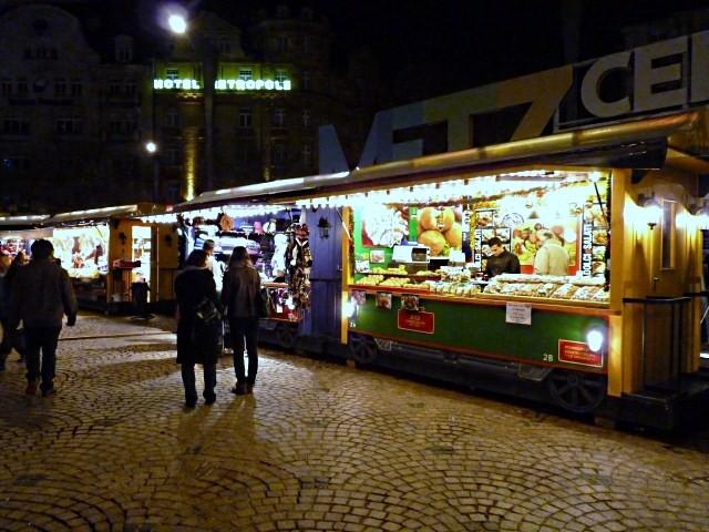 Noël à Metz le sapin et la crèche 20 mp1357 2010
