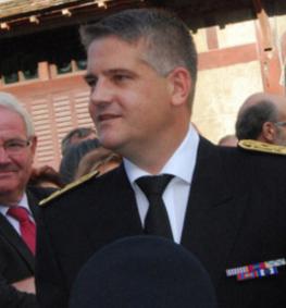 Grégory Lecru prend ses fonctions à la sous-préfecture