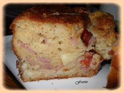 Cake jambon / tomate / mozza