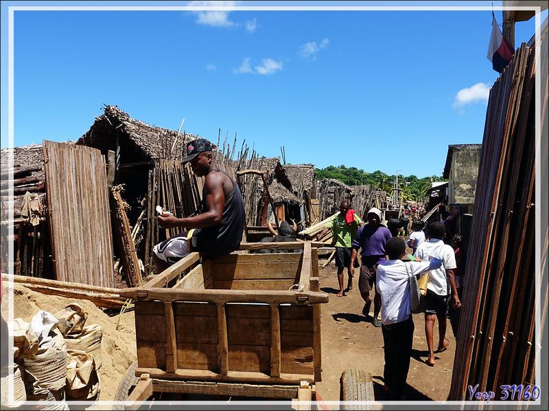 Près du port des boutres - Hellville - Nosy be - Madagascar