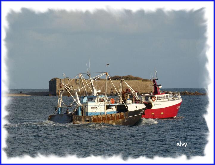 Fin de journée sur le port ...
