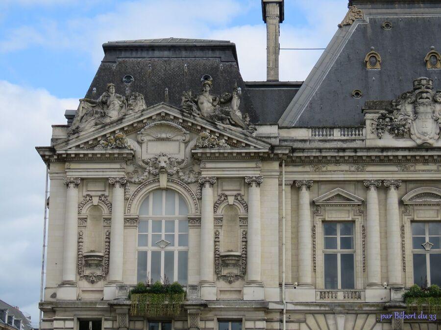 Tours en Indre et Loire