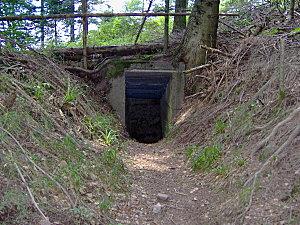 col de engin et sentier bunkers 030