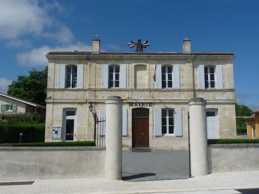 Mairie d'Arcins - Le bourg d'Arcins