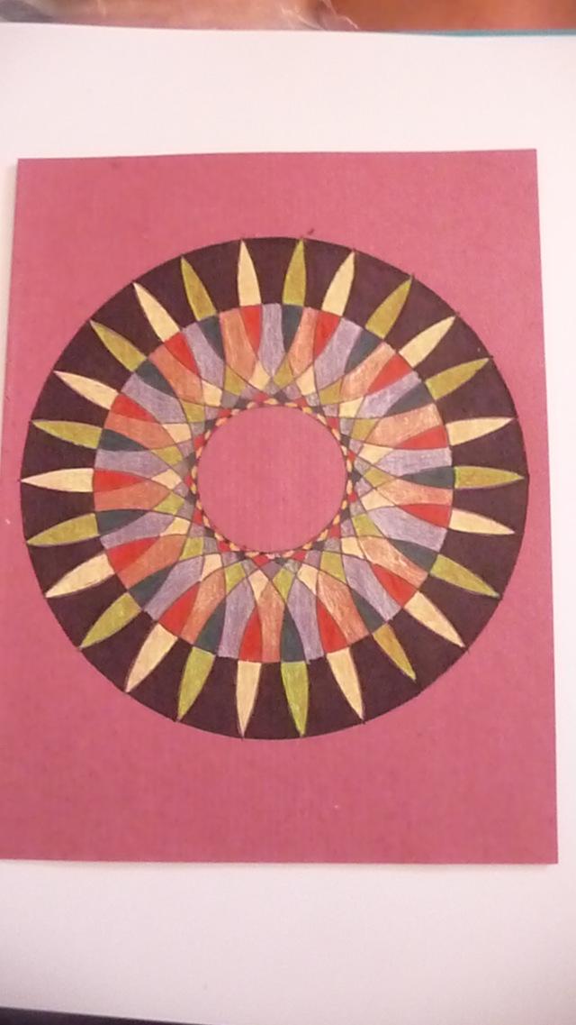 Blog de mimipalitaf : mimimickeydumont : mes mandalas au compas, et encore une belle journée !
