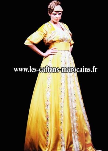 Takchita-marocain-2015-jaune-de haute couture vendu en ligne et sur mesure TAK-S909