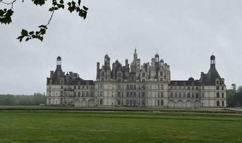 ... encore un château...