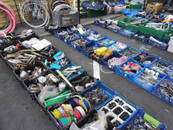 Des pièces détachées pour votre vieux vélo.