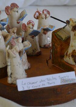 Les petites souris à la croix de bois