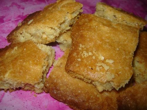 Gâteaux au beurre de cacahuètes et amandes.