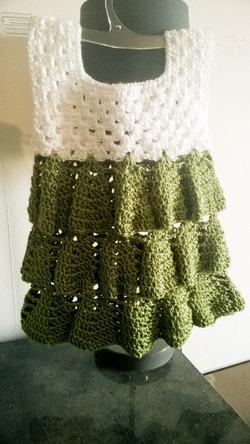 robe fait au crochet taille naissance