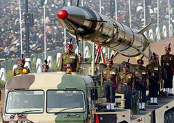صاروخ هندي متوسط المدى قادر على حمل رؤوس نووية