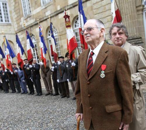 """""""Héros de la France libre, Philippe Rambach se souvient"""""""
