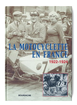 Motos + voitures rapides + femmes = playboy