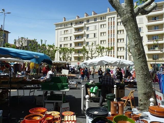 Toulon le maché du Mourillon 3 Marc de Metz 2012