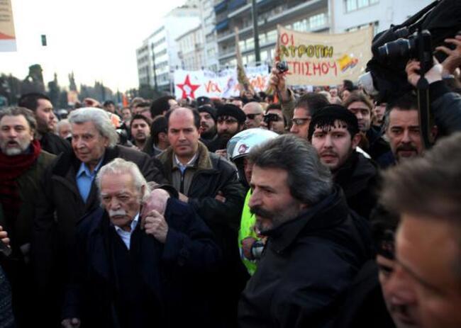 Manolis Glezos, résistant * Μανώλης Γλέζος