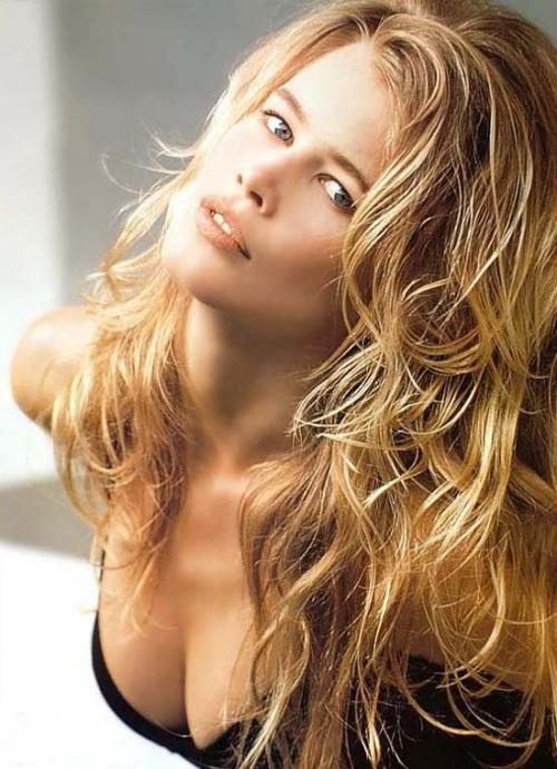 * Claudia Schiffer