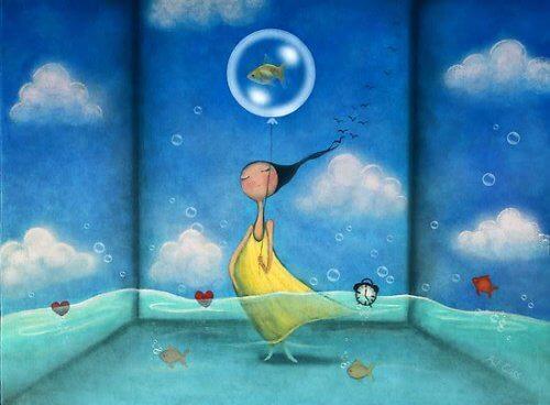 femme-avec-un-poisson-se-detendant-500x368